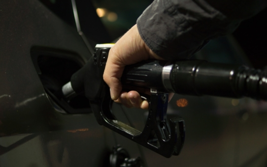Ekonomiczna jazda - jak zmniejszyć zużycie paliwa?